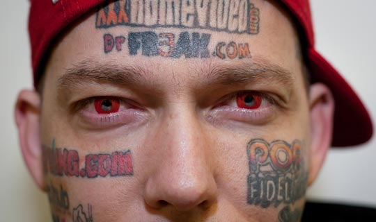 Joe Tamargo claims he made over $200,000 in the heady days of the dotcom boom selling his skin to cashed-up internet startups. Unfortunately for the US-based blogger, the Dotcom crash put most of the websites now permanently tattooed to his face out of business.